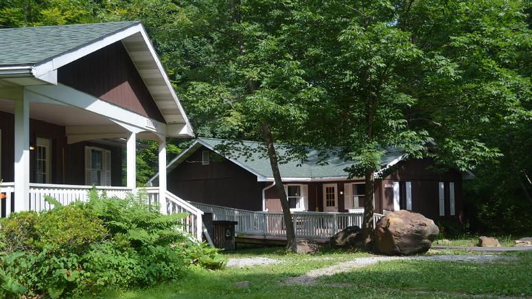 Laurelville Cottages